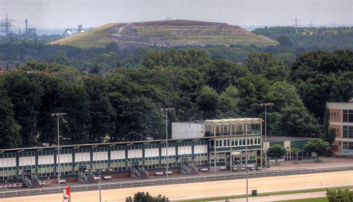 Deponie Wehofen, aufgenommen aus dem 10. Stock des Evangelischen Krankenhauses Dinslaken
