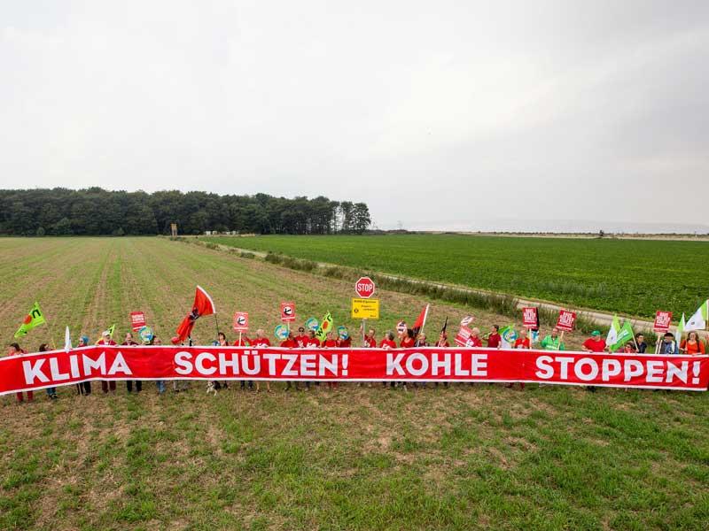 RWE überschreitet mit der Rodung des Hambacher Forstes eine rote Linie, deshalb wechseln wir zu einem Ökostromanbieter